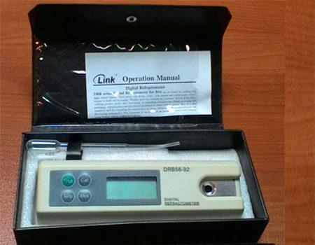 رفراکتومتر دیجیتال پرتابل - بریکس 92 - 58 درصد